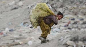 کودکان کارگر افغان جمعیت 1.9 میلیونی دارند