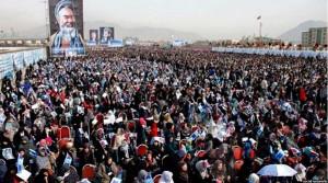 نمایی از حضور گسترده مردم در مراسم امروز