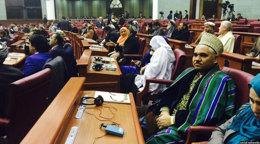 حضور نمایندگان مجلس در ساختمان جدید پارلمان افغانستان