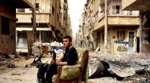 نمایی از شهر حمص پس از بمباران های هوایی