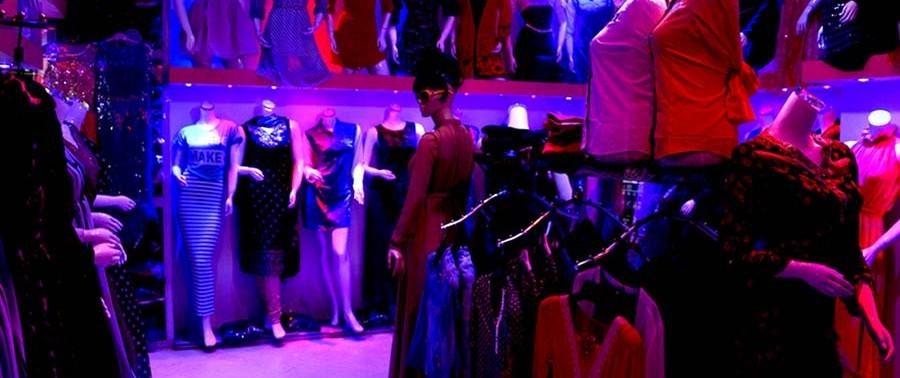 Afghanistan dress market (9)