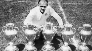 آلفردو دی استفانو، ستاره پرحاشیه ریال مادرید با 5 قهرمانی داسیما