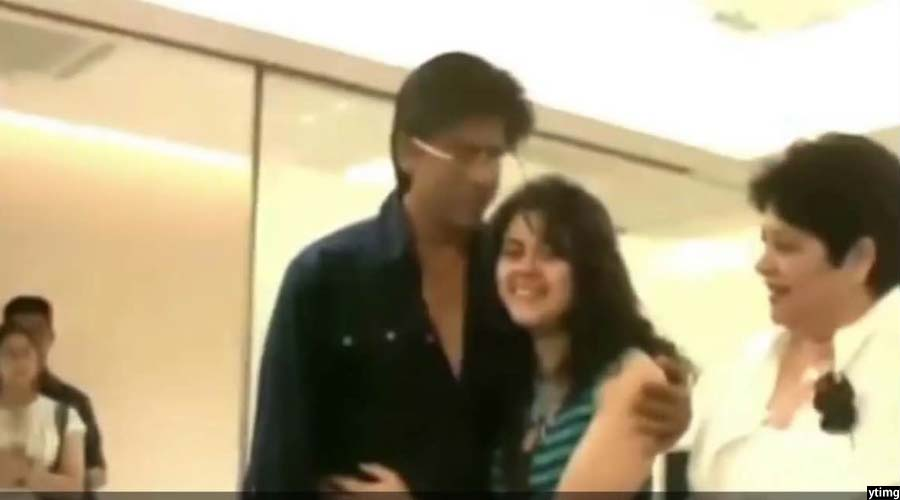 خوشحالی ویدا در نخستین دیدار اش با شاهرخ خان