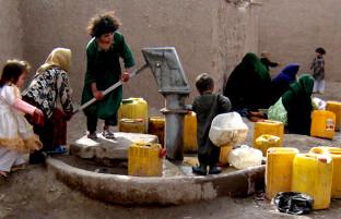 قربانیان بزرگ؛ بیجاشدگان داخلی افغان با سوال بقا مواجه اند