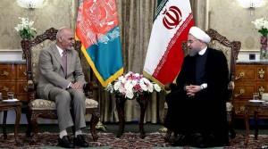 رییس جمهور روحانی حین پذیرایی از رییس جمهور غنی در ایران