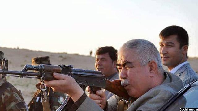 جنرال دوستم، پاکستان را متهم به دخالت در جنگ افغانستان کردهاست