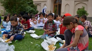 Children day in Babur garden (1)