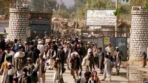 Pak deports afghans
