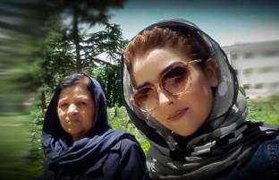 شانزده استاتوس فیس بوکی خواندنی افغان ها در باره روز مادر