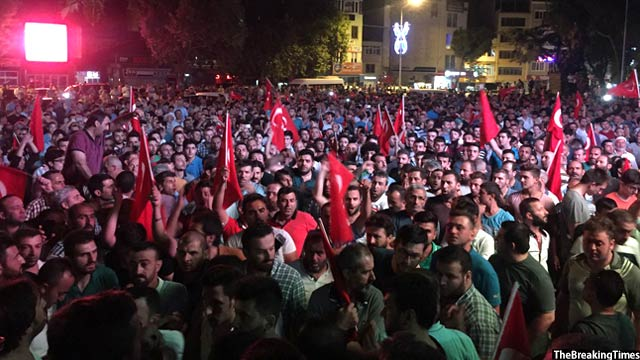 Public-march