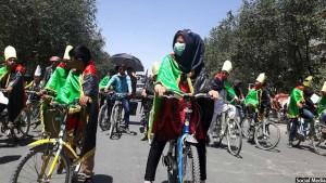 cycle-protestors