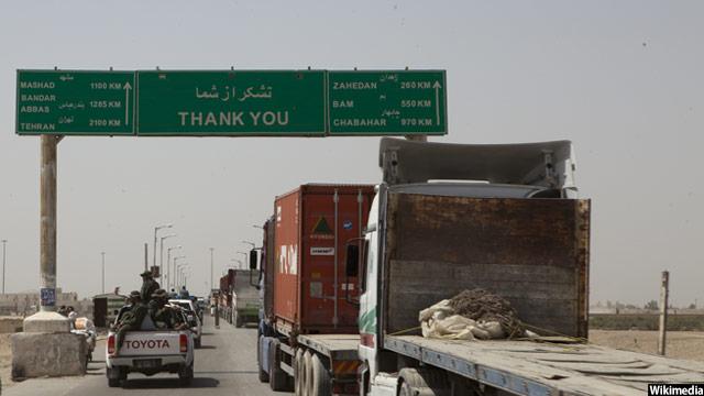 کاروان تجاری افغانستان در مرز ایران