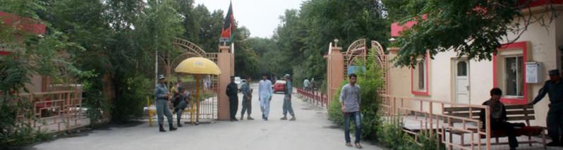 پولیس، درد سر جدی برای دانشجویان دانشگاه کابل