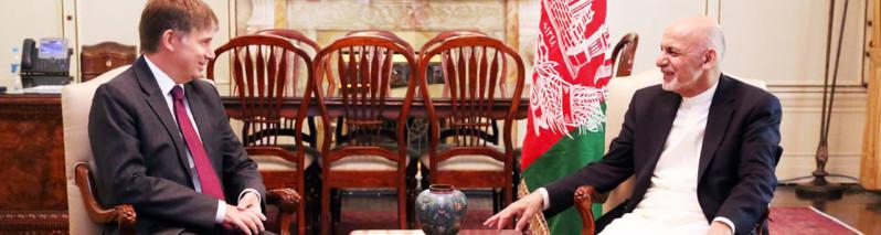 ۱٫۵ میلیارد دالر ضرر اسلام آباد؛ افغانستان راه ترانزیتی این کشور را می بندد