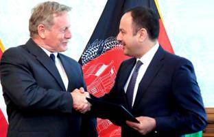 آمریکا ۷۹۱ میلیون دالر دیگر به افغانستان کمک کرد