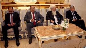 در این سفر تعدادی از مقامات ارشد حکومتی به شمول والی بلخ نیز داکتر عبدالله را همراهی می کردند