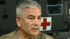 جنرال جان کمپل فرمانده عمومی نیروهای ناتو در افغانستان