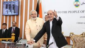 رییس جمهور غنی و نخست وزیر مودی حین بهره برداری از بند سلما