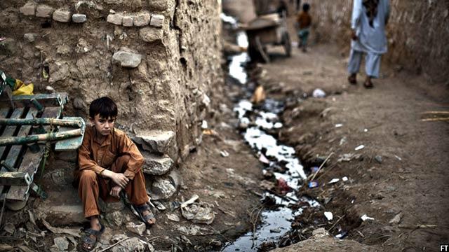 کمک برنامه غذایی جهان به علت ناامنی در بعضی مناطق متوقف شدهاست