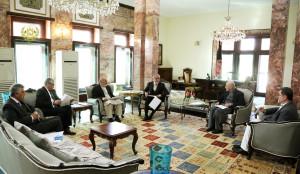 تیم مصاحبه کنندهای ارگ با اعضای پیشنهادی