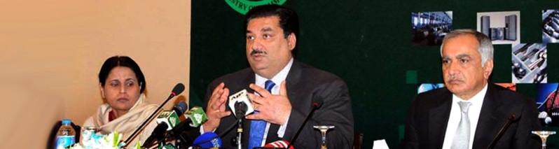 کاهش چشمگیر تجارت با پاکستان؛ اسلام آباد خواهان بازگشت به روزهای خوب با کابل