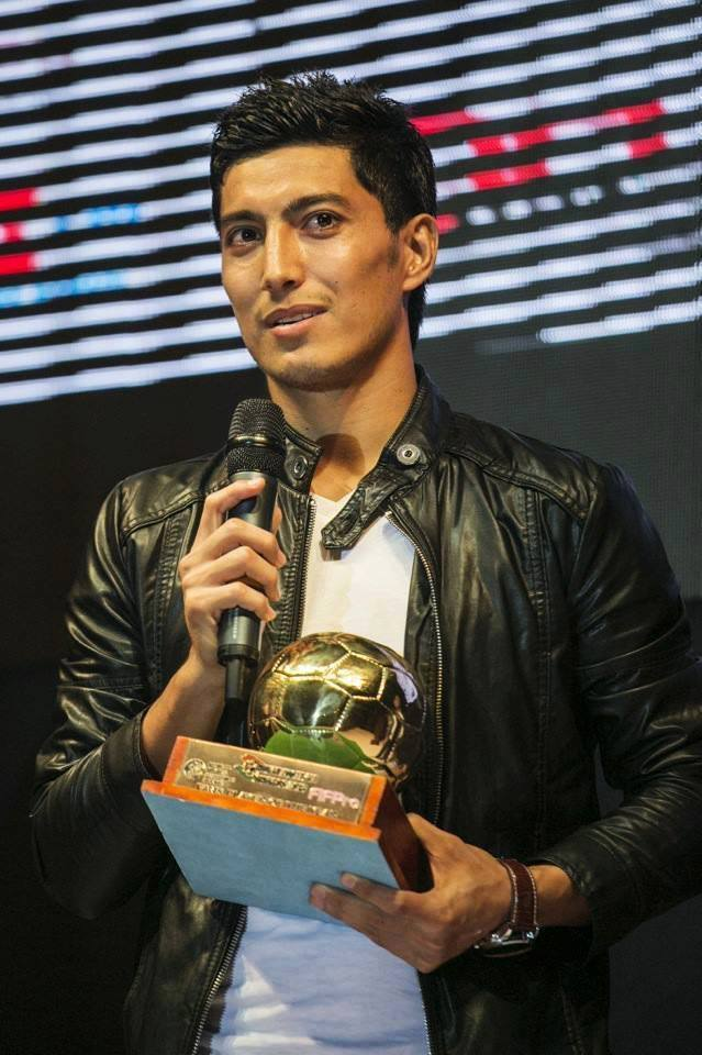 اسلام الدین امیری، چندی پیش در لیگ هندوستان به عنوان بهترین بازیکن شناخته شده بود و از او با توپ طلای آن دوره تقدیر شد./ رسانه های اجتماعی