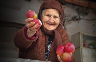 تعارف افغانی؛ مهربانیِ که دیگران کمتر دارند