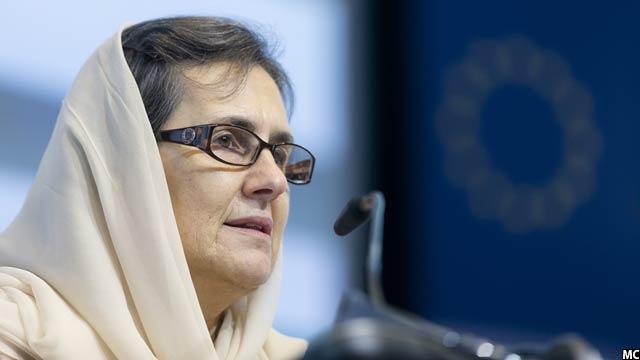 بانوی نخست افغانستان دو ماستری در رشتههای علوم سیاسی و ژورنالیزم دارد
