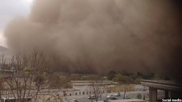 storm-on-its-way-to-kabul3