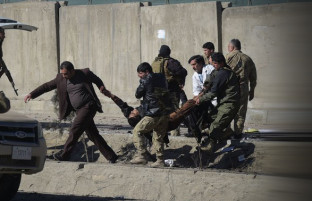 انفجار ماین مقناطیسی در کابل بیش از۱۵ کشته و زخمی بر جای گذاشت