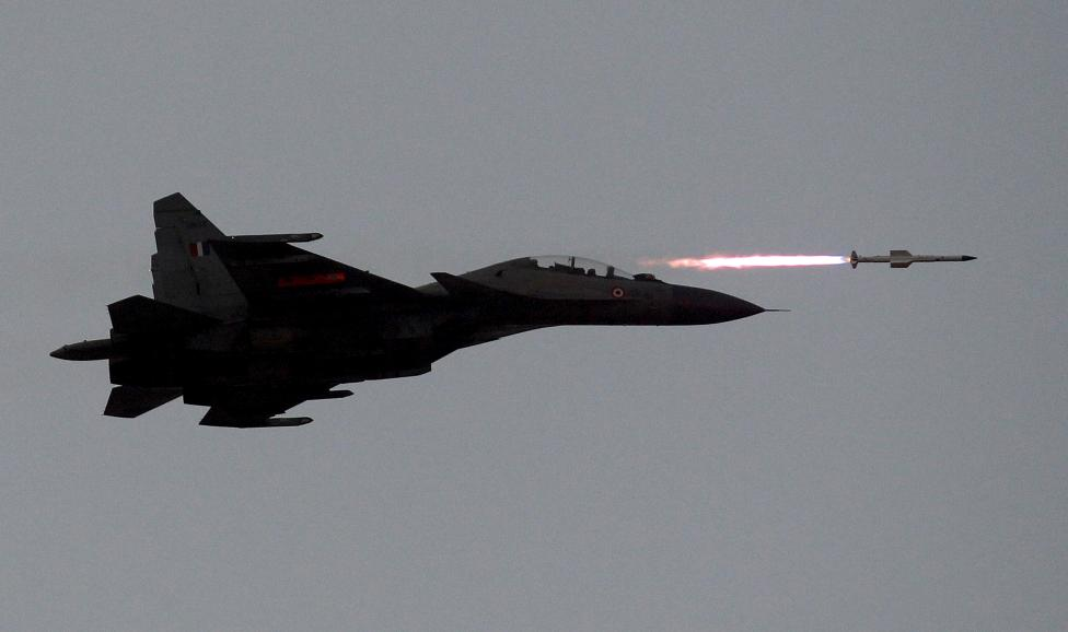 An Indian Air Force SU-30MKI aircraft fires an air-to-air missile during an exercise at Pokhran in the state of Rajasthan, March 18, 2016. REUTERS/Amit Dave