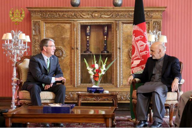 وزیر خارجهی آمریکا در دیدار با رییس جمهور افغانستان در ارگ