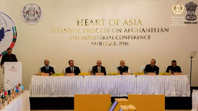 رییس جمهور افغانستان در ششمین دور نشست قلب آسیا در هند، بازهم پاکستان را متهم به حمایت از گروه های تروریستی کرد