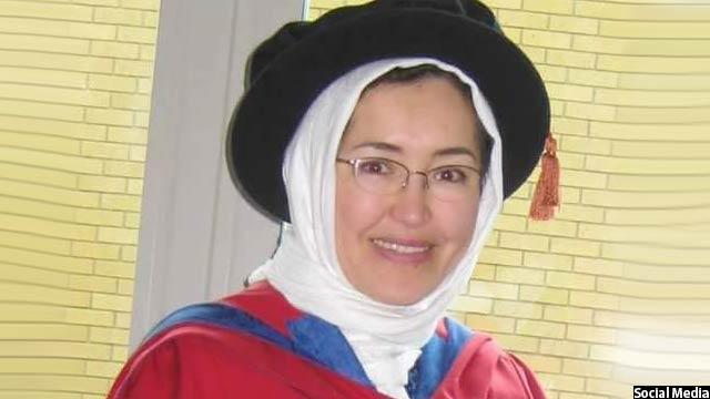 خانم جعفری دکترای خودرا در بخش فیزیک طبی و هستهای، از دانشگاه ساری لندن گرفته است