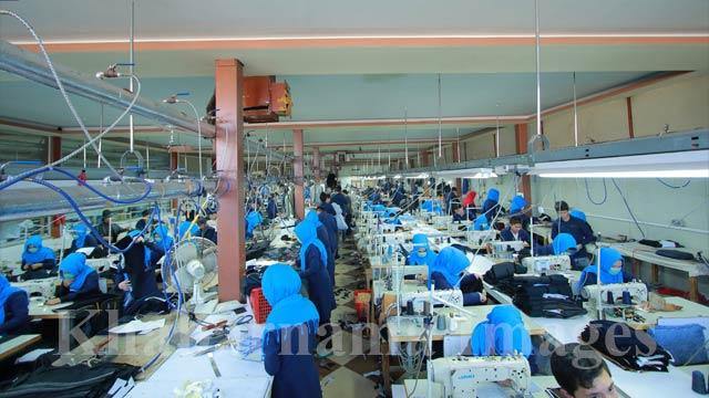 پوشاک استانبول، بیش از 100 کارمند زن دارد