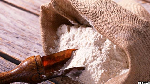 همه ساله با سرد شدن هوا در افغانستان قیمت مواد خوراکی افزایش میابد