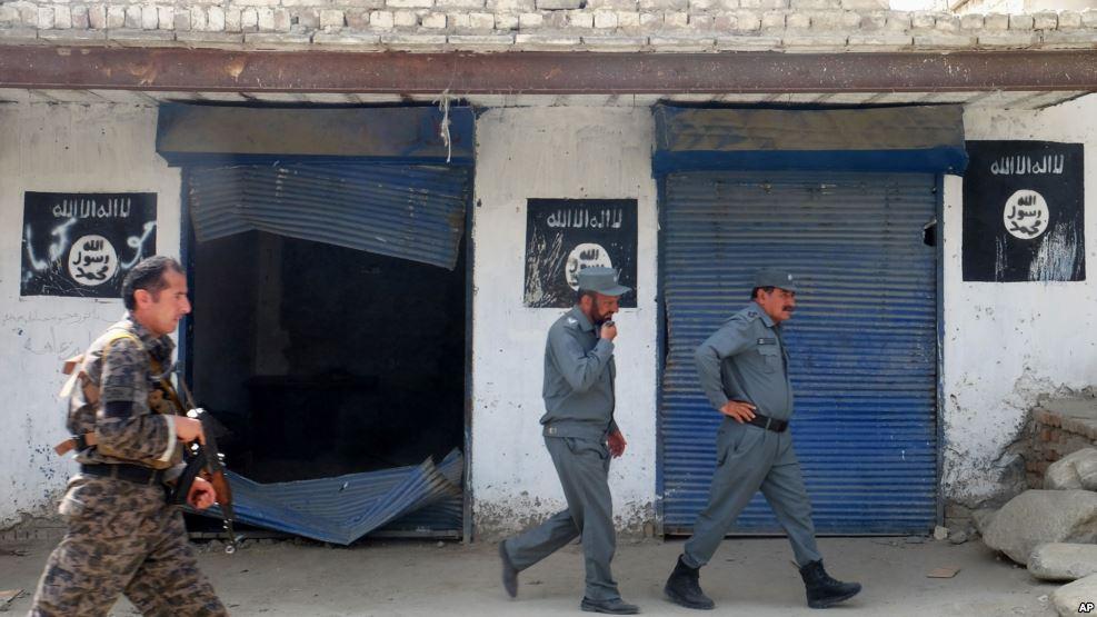 صبح امروز افرادی وابسته به داعش بر یک مدرسه دینی در ولسوالی ده بالای ننگرهار هجوم برده اند
