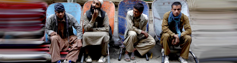 چالش اشتغالزایی؛ سوءاستفاده از بیکاری متقاضیان کار در افغانستان