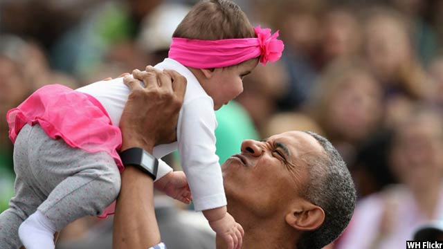 Obama-with-kids13