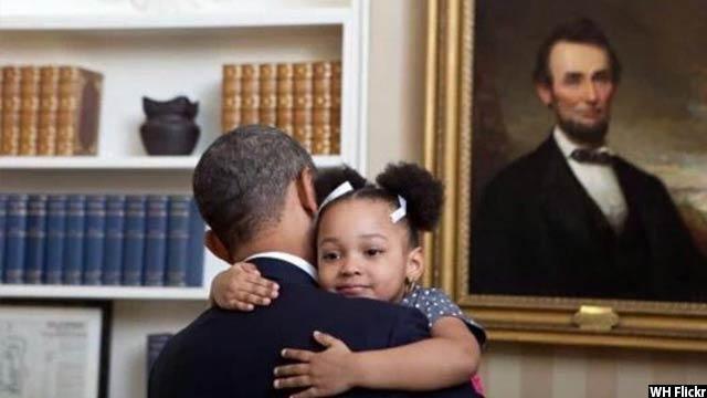 Obama-with-kids18