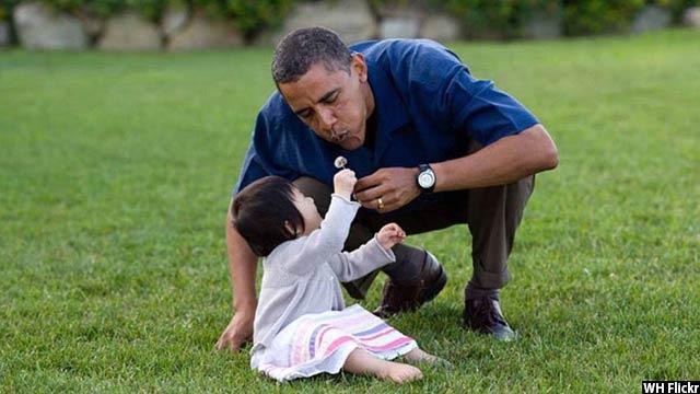 Obama-with-kids21