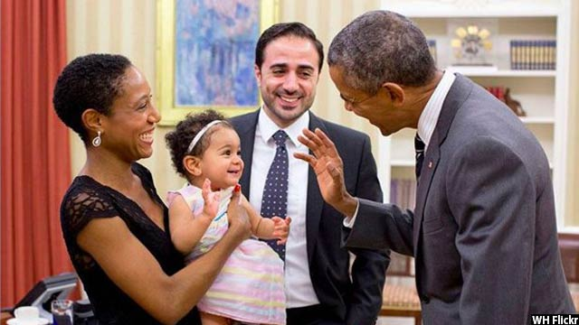 Obama-with-kids23
