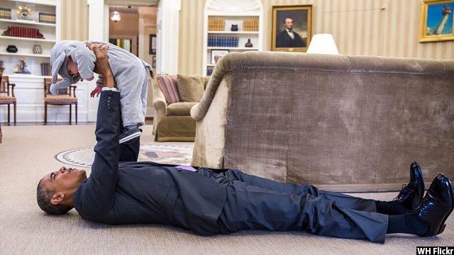 Obama-with-kids24