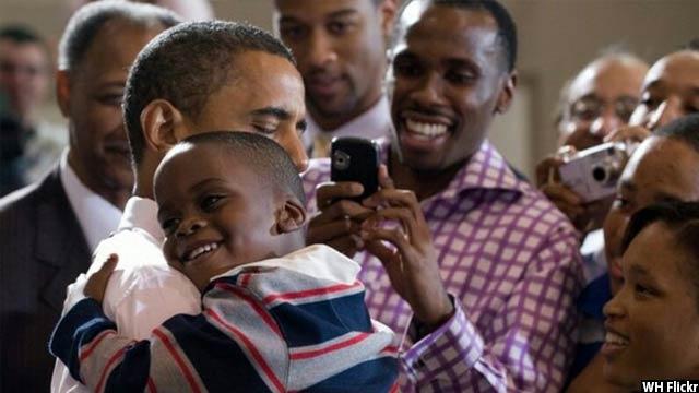 Obama-with-kids37