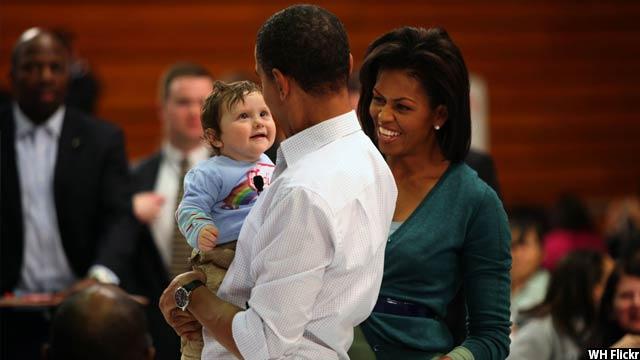 Obama-with-kids39