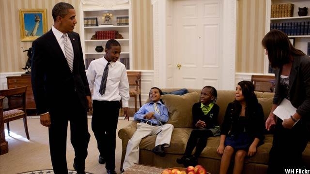 Obama-with-kids40