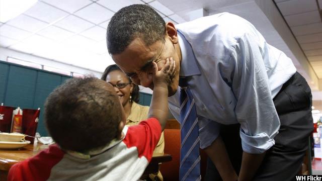 Obama-with-kids49