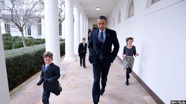 Obama-with-kids53