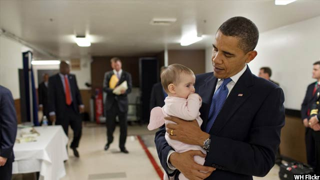 Obama-with-kids59