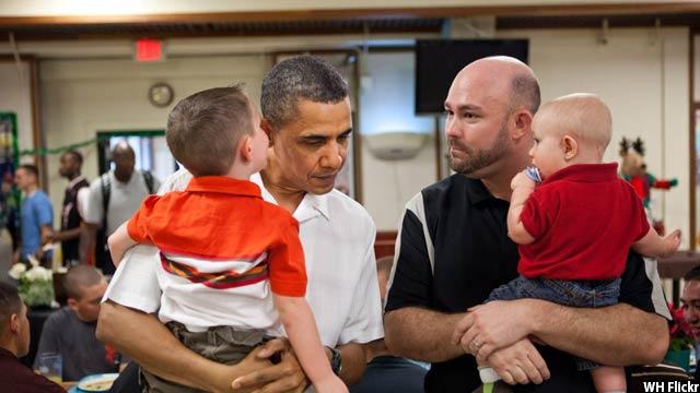 Obama-with-kids63